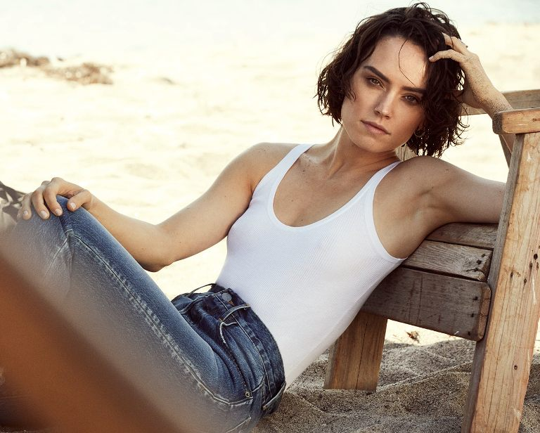 Is Daisy Ridley Gay Or Lesbian? Here Are Facts You Need To Know