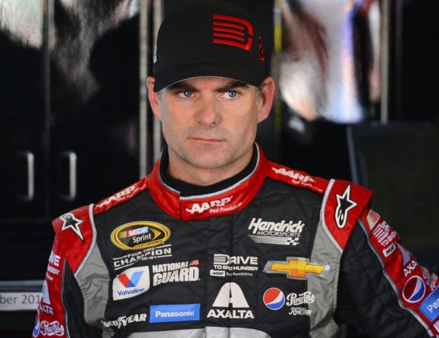 Is Jeff Gordon Gay Or Does He Have A Wife? His Age And Height