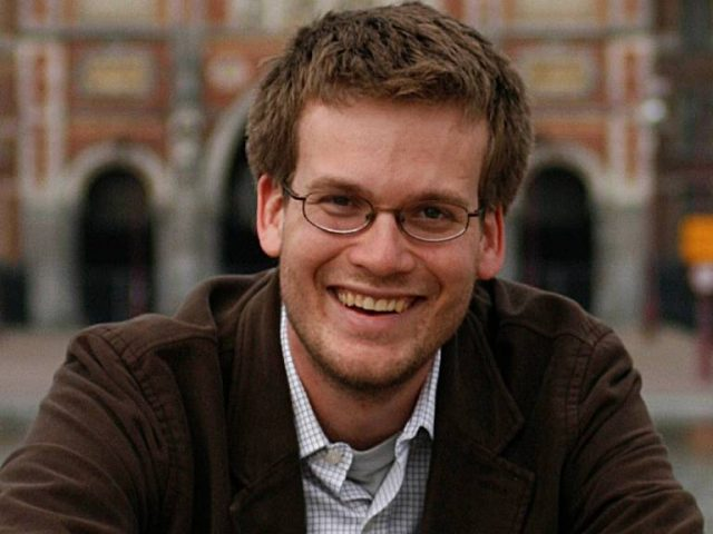John Green Wife, Brother, Kids, Family, Age, Height, Biography