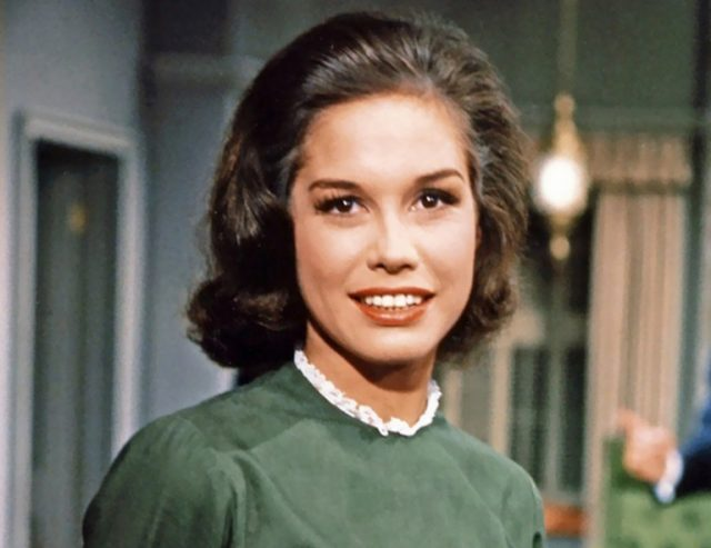 Mary Tyler Moore Bio, Death, Cause of Death, Husband, Son and Family
