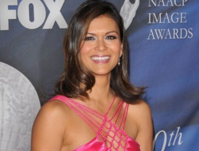 Nia Peeples Spouse, Children, Husband, Family, Age, Measurements