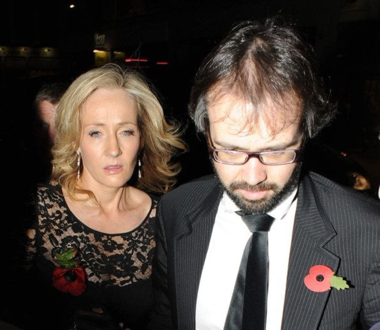JK Rowling Husband, Daughter, And Other Kids, Family, Religion, Facts