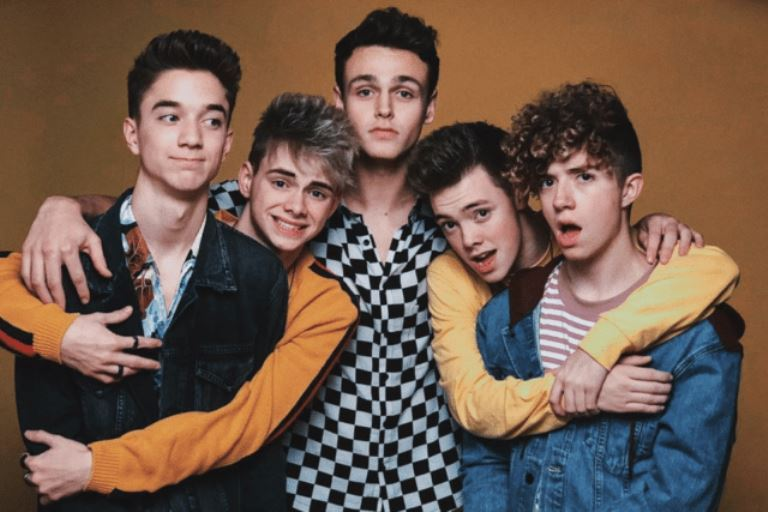 Who Is Zach Herron? Does He Have A Girlfriend? His Age and Height