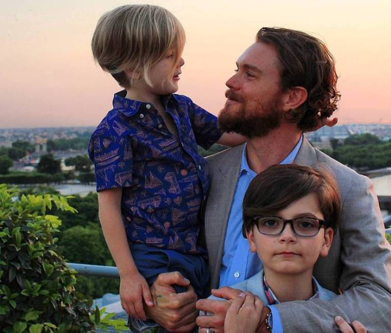 Clayne Crawford – Bio, Married, Wife (Sunshine Kiki Brown), Kids, Family