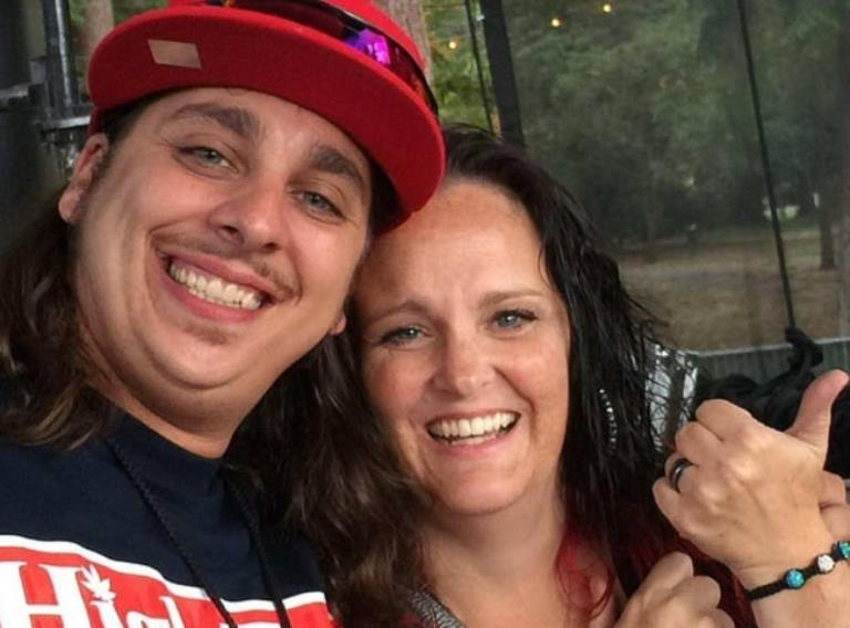 Who Is Customgrow420? His Wife, Real Name, And Other Facts To Know