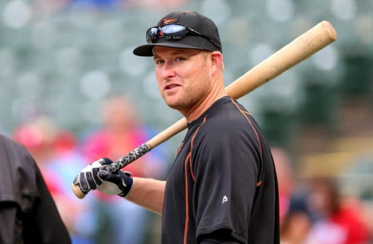 Mark Trumbo Wife, Age, Salary, Height, Weight, Body Stats