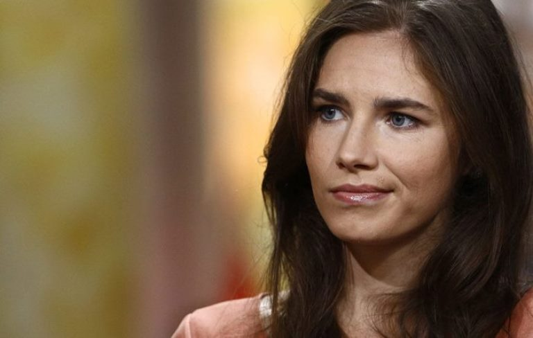 Who Is Amanda Knox, Is She Innocent, What Is Her Net Worth, Where Is She Now?