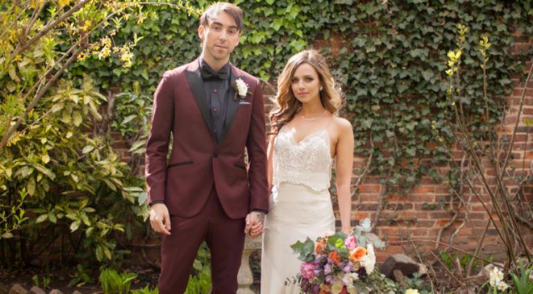 Alex Gaskarth – Bio, Wife, Height, Age, Net Worth, Brother, Family