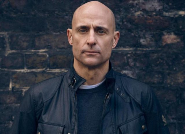 Mark Strong (Kingsman Actor) Bio, Wife, Age, Net Worth, Height